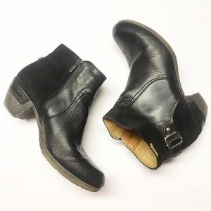 Pikolinos 39 Black Leather Heeled Ankle Booties